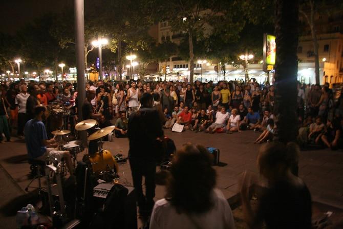 barcelona by night 8270 Det svänger framåt natten