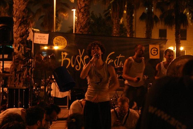 barcelona by night 8319 Det svänger framåt natten