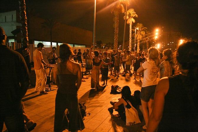 barcelona by night 8334 Det svänger framåt natten